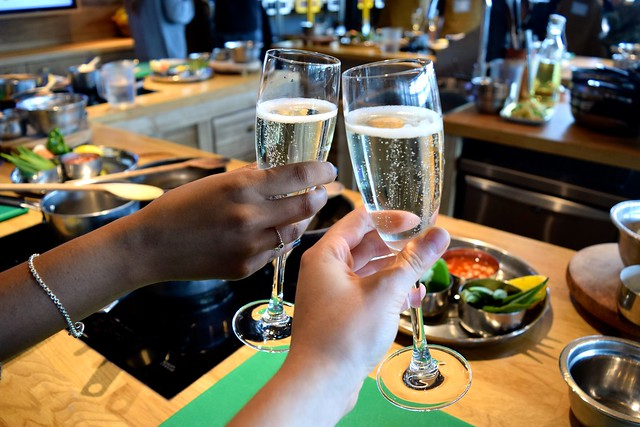 Saturday Morning Prosecco at The Jamie Oliver Cookery School | www.rachelphipps.com @rachelphipps