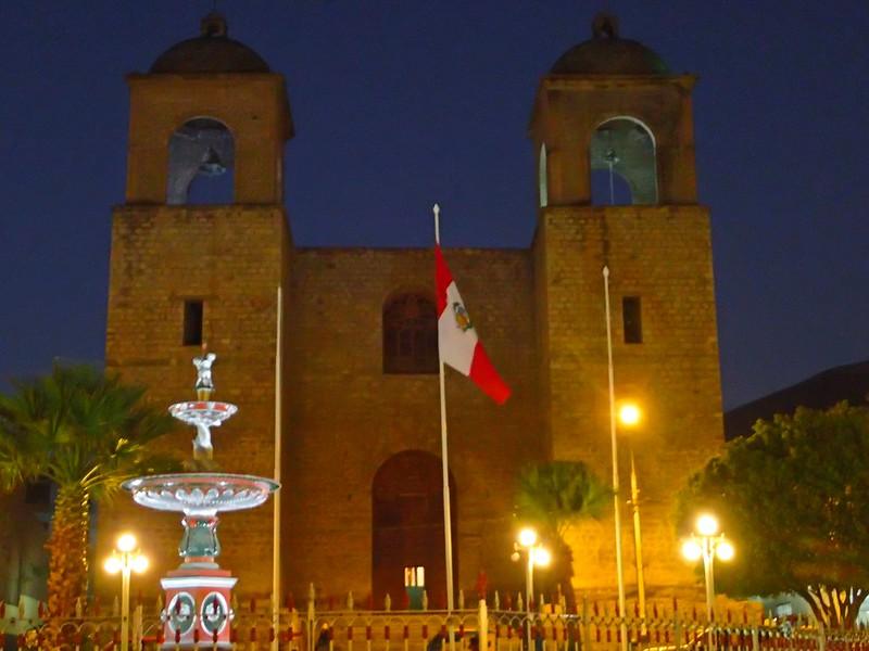 Iglesia de Caraz.