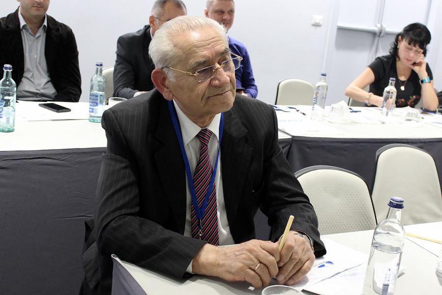 Григорий Торосянц, эксперт рынка