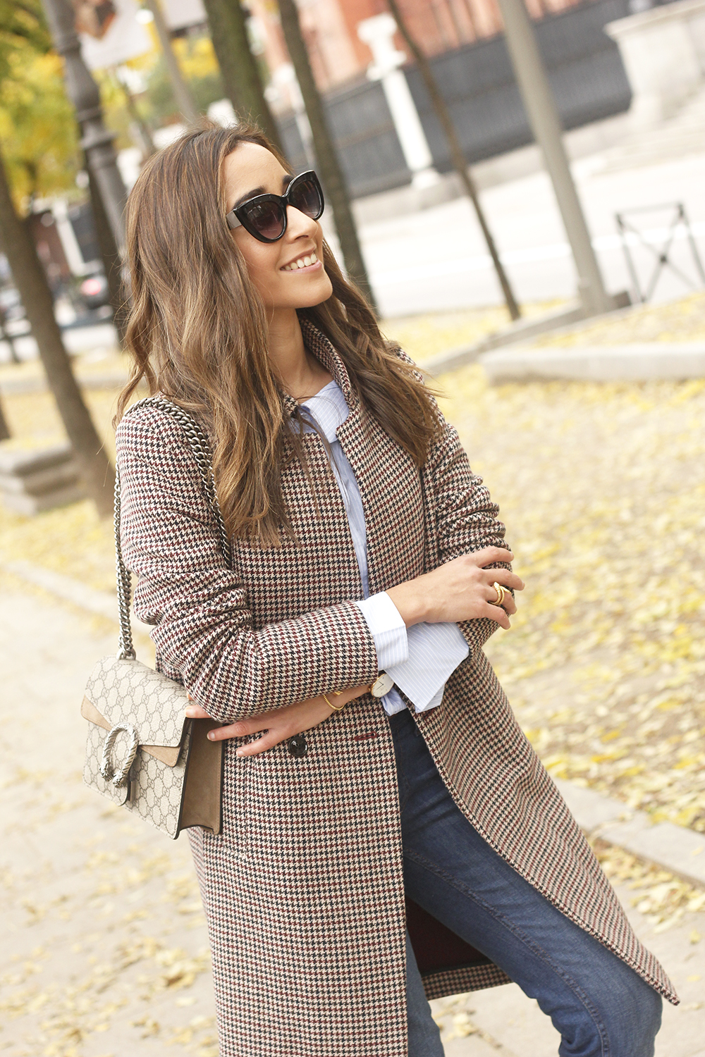 Houndstooth Coat striped shirt burgundy uterqüe heels gucci bag outfit style fashion13