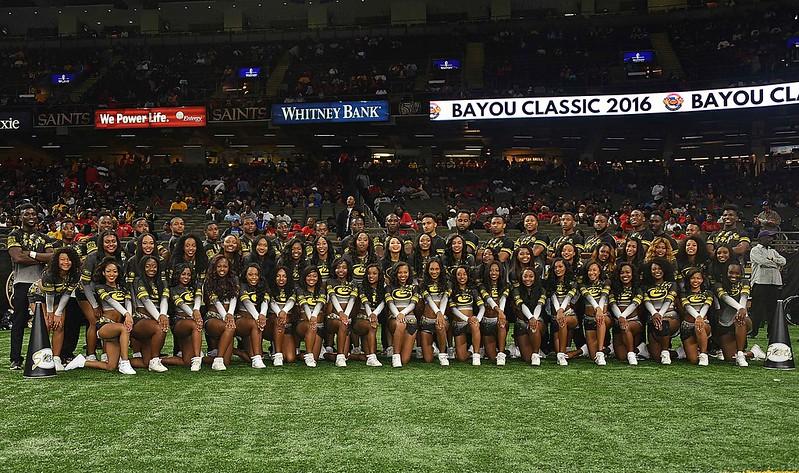 cheerleaders 2016 copy