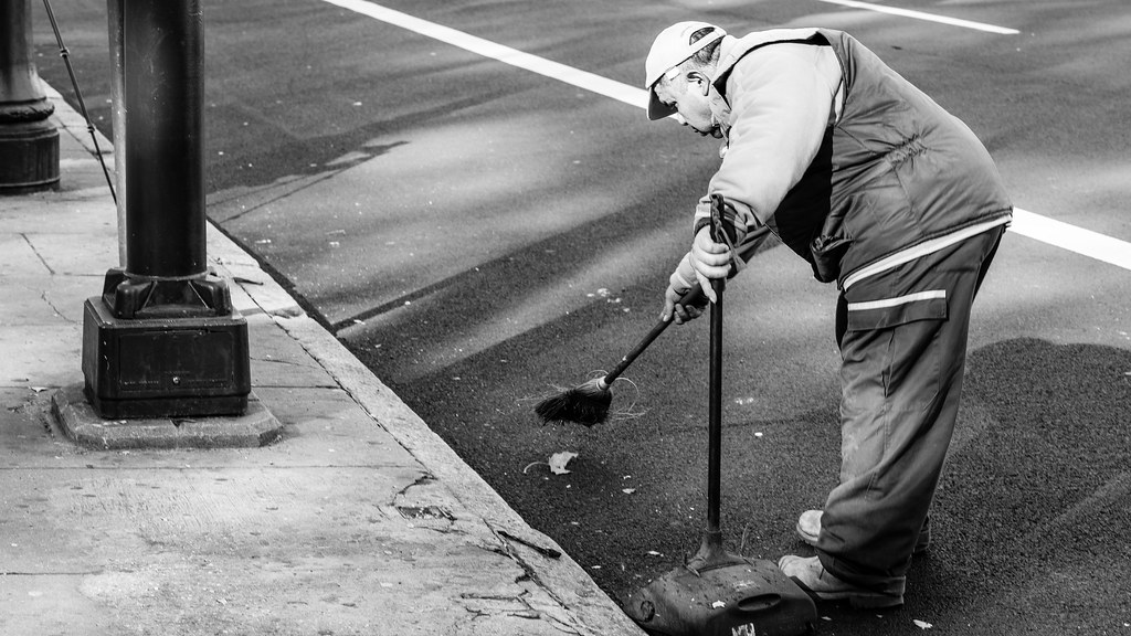 Leaf Catcher Black And White Photography Streetphotobw R Flickr