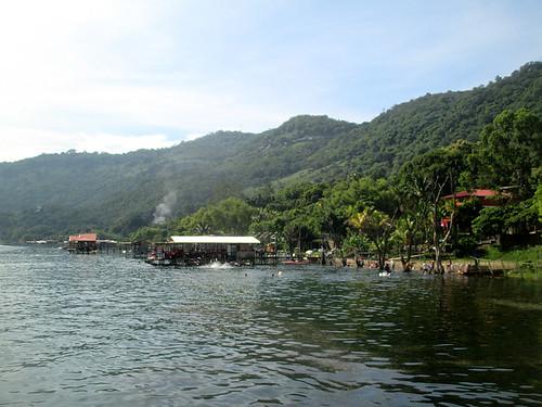 Lago de Coatepeque 10 | by worldtravelimages.net