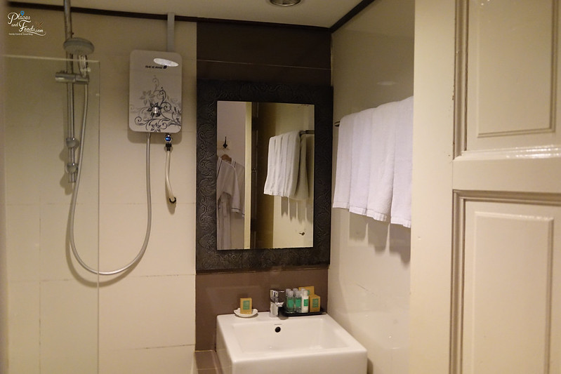 bubu resort bathroom