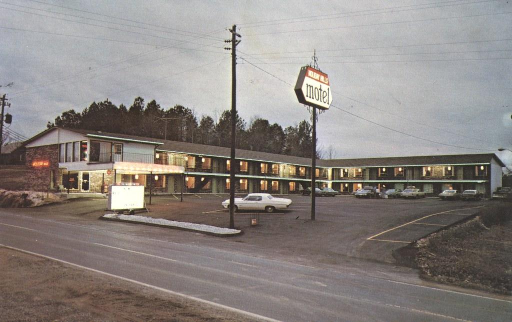 Holiday Hills Motel - Calhoun, Georgia