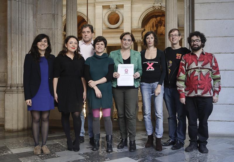 Ada Colau, alcaldesa de Barcelona, recibe una delegación del Fcforum 2015.