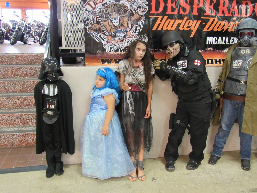 ... Halloween at Desperado H-D | Harleys in McAllen Texas | by harley.desperado  sc 1 st  Flickr & Halloween at Desperado H-D | Harleys in McAllen Texas | Flickr