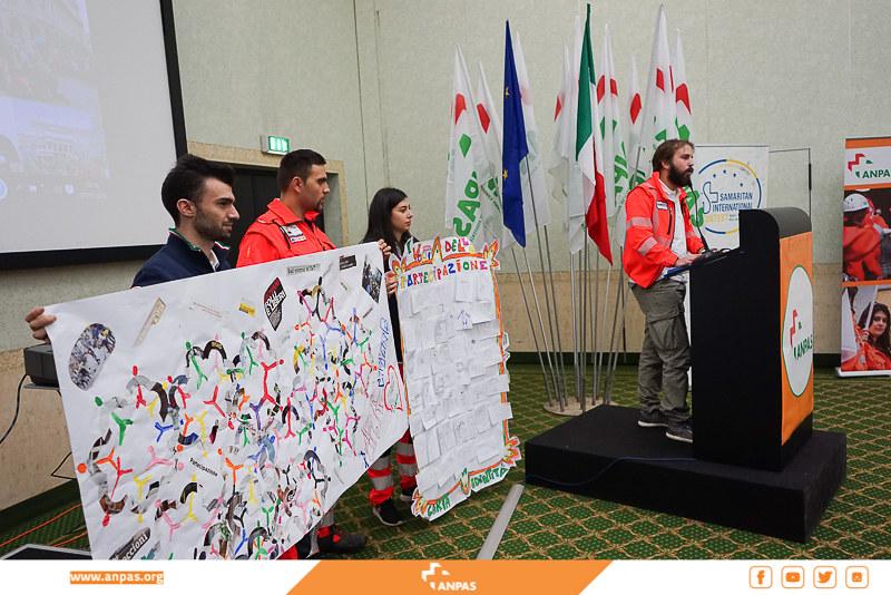 Il gruppo giovani all'11ma Conferenza di Organizzazione Anpas