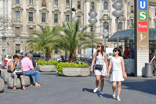 Tourists, Karlsplatz, Munich, Bavaria, Germany.