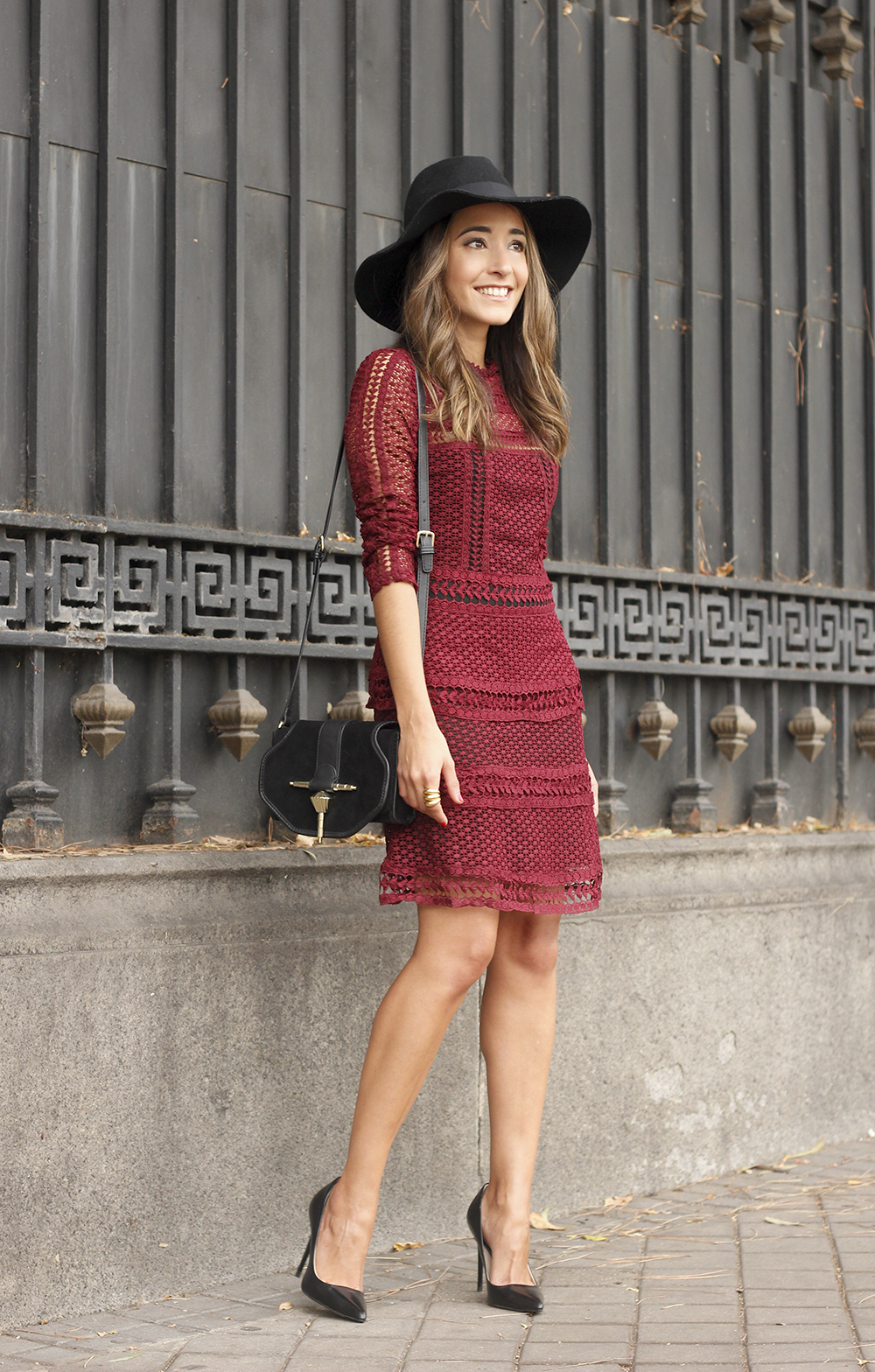 burgundy lace dress black heels hat accessories outfit fashion style03