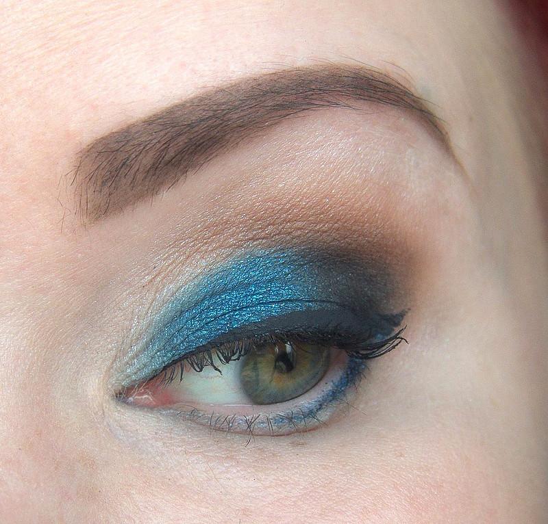 MAC eyeshadow luomiväri