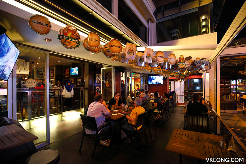 Hard Rock Cafe KL Outdoor Seats