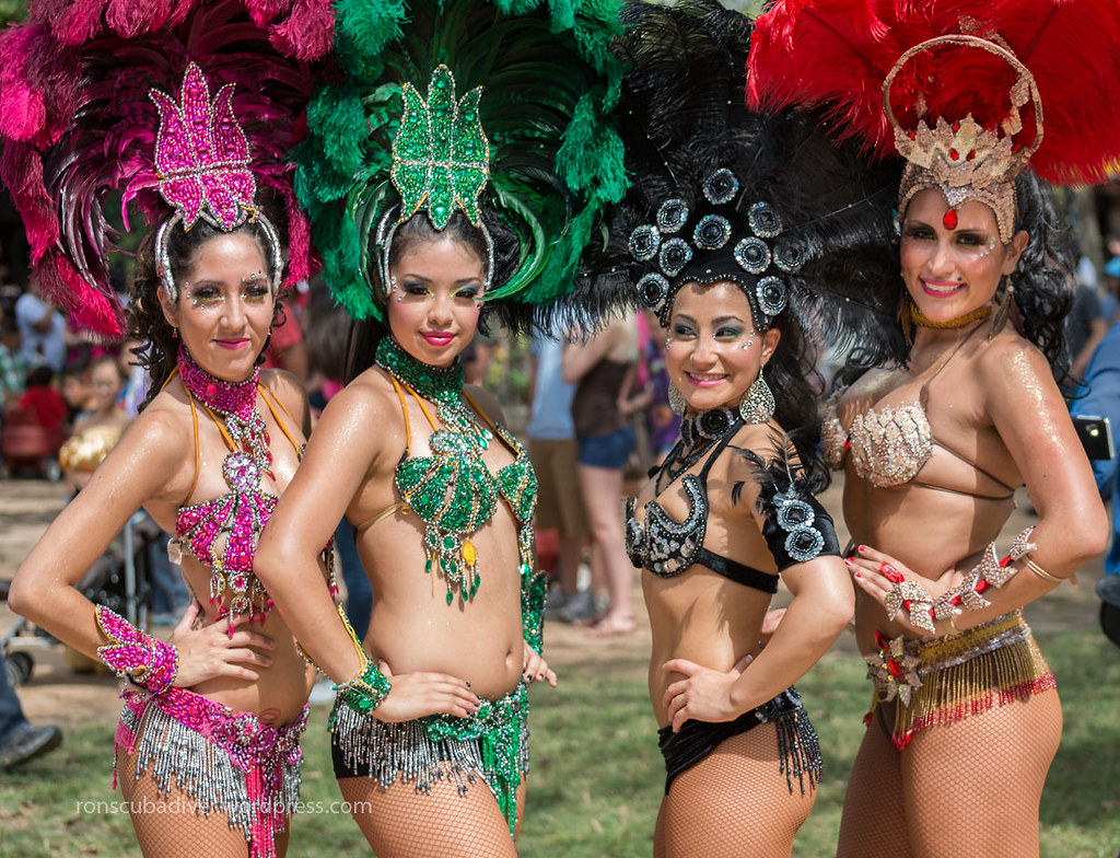 Samba Girls | by Ron Scubadiver's Wild Life