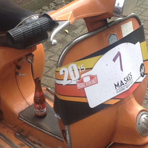 @maskesvespaklassiekers winding down with a Jupiler after Maskes classic vespa rally - 19.9.15 #vespamore #vespa