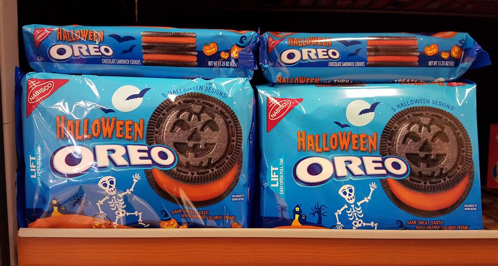 Halloween Oreos | Tim Evanson | Flickr