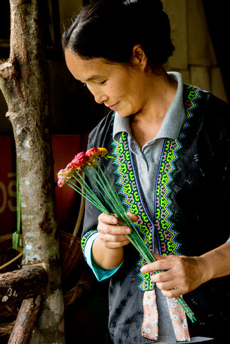 Hmong coffee shop woman
