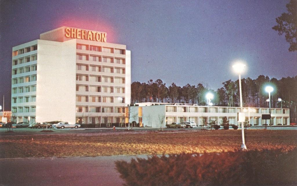 Sheraton Inn Coliseum - Hampton, Virginia