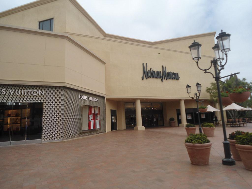 22f6ebaa10ac Neiman Marcus At Fashion Island In Newport Beach Ca Flickr
