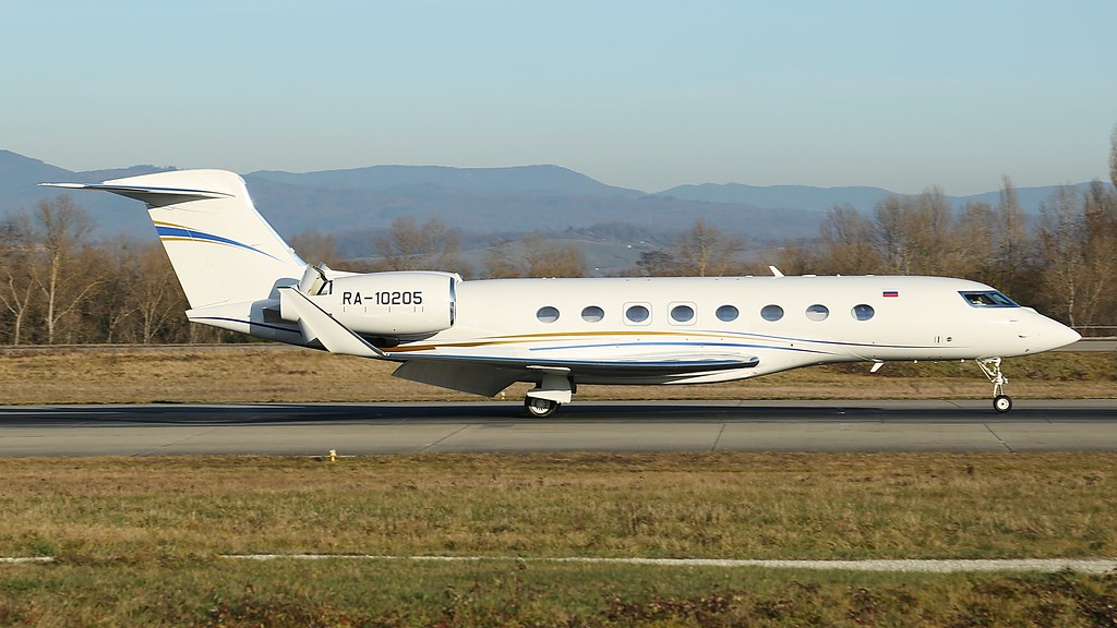 ... RA-10205   by Breitling Jet Team