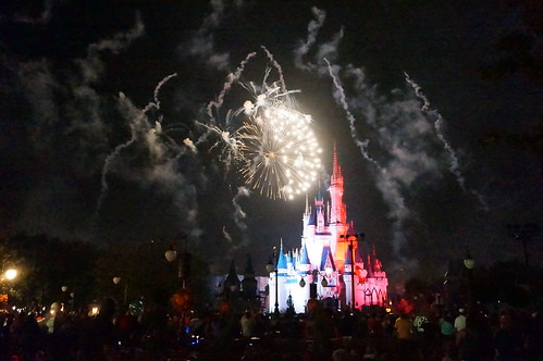 Happy HalloWishes Fireworks - Cruella deVile | by Disney, Indiana
