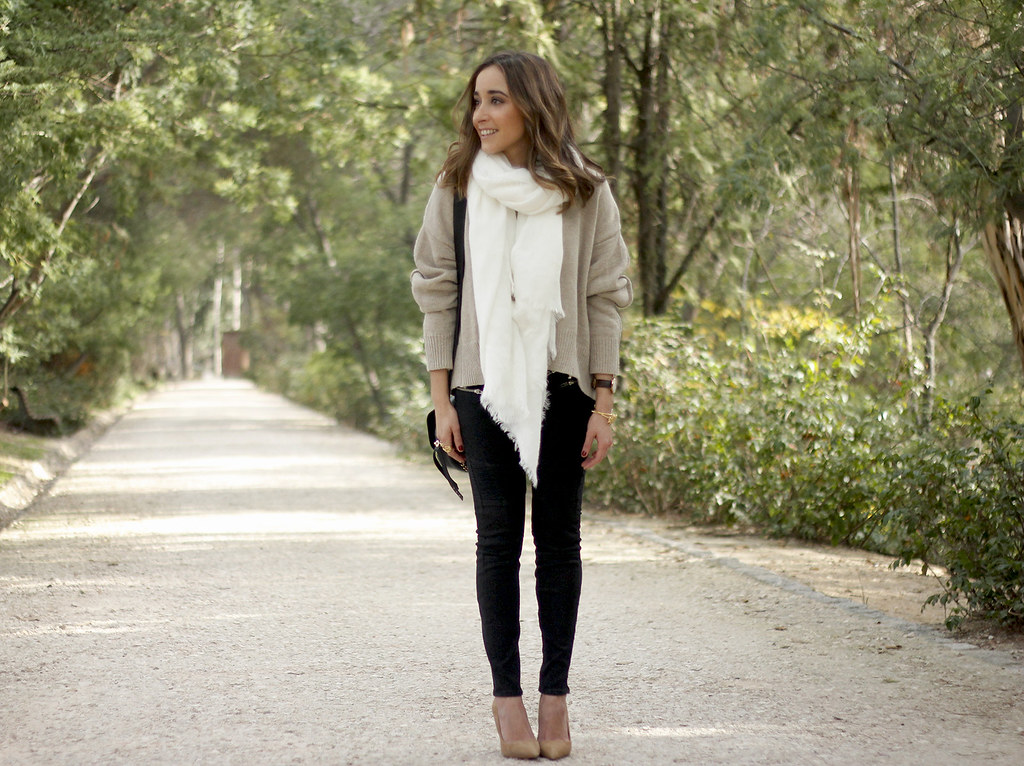 Beige Sweater Black Jeans Nude Heels White Scarf Coach Bag… | Flickr