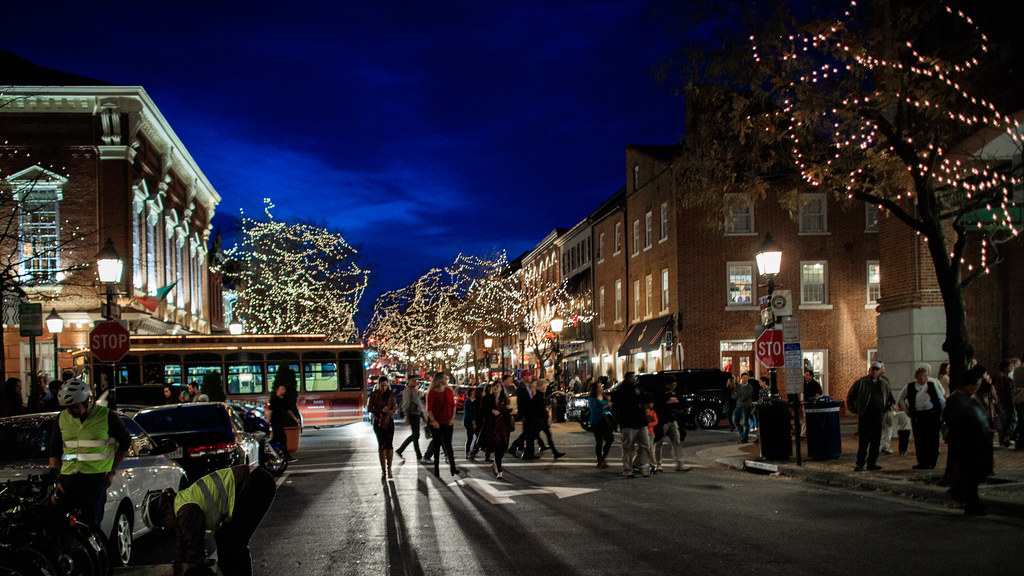 ... Christmas Lights in Old Town Alexandria | by clif_burns - Christmas Lights In Old Town Alexandria Clif Burns Flickr
