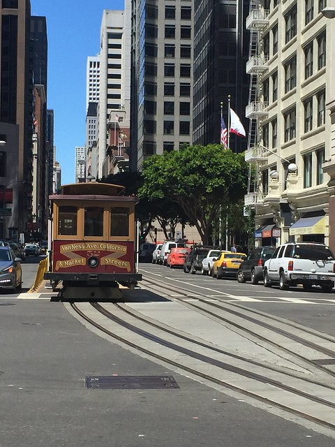 San Francisco iconic cable car
