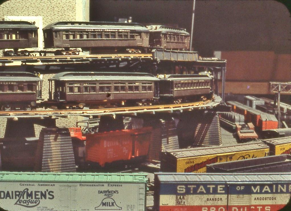 img219--HO SCALE Color Slide Scan from 1978   N Y C  MODEL TRANSIT