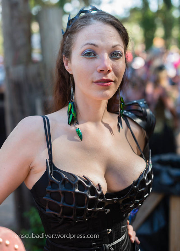 Renfest Woman, Fantasy Costume | by Ron Scubadiver's Wild Life