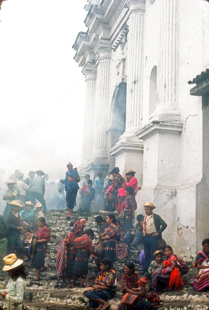 Chichicastenango, Guatemala, , 1982 -89 -139 | by Marcelo  Montecino