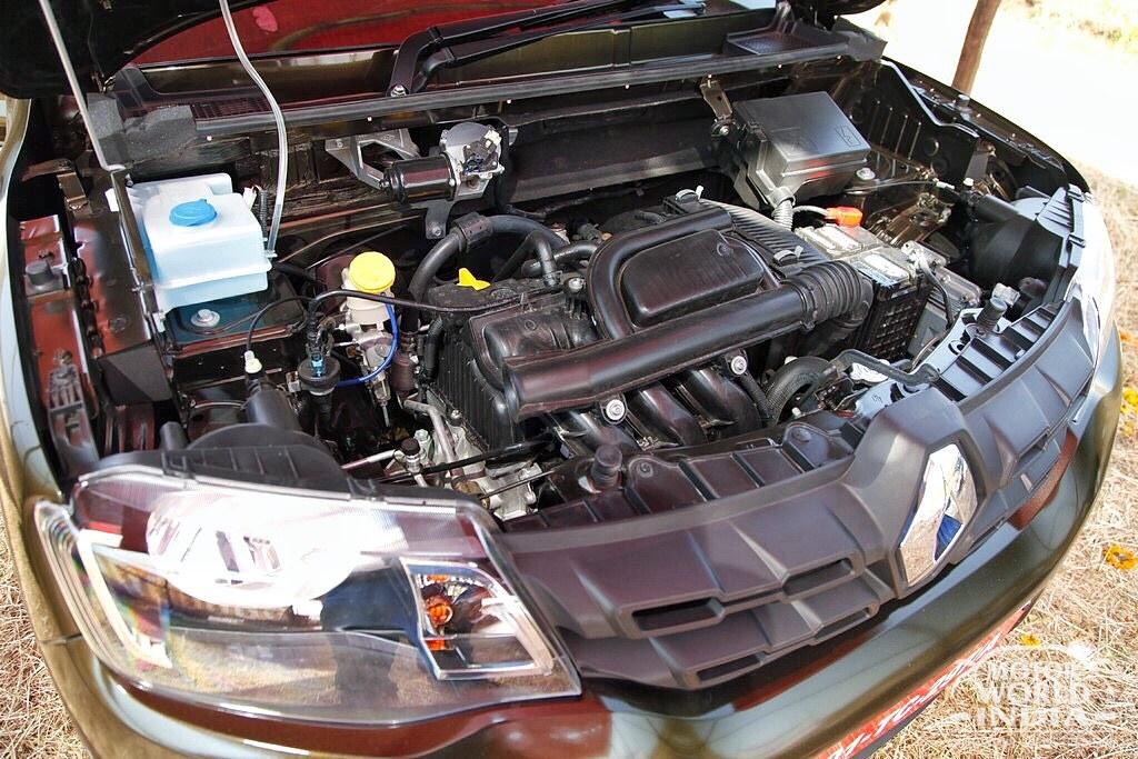 Renault-Kwid-AMT (25)