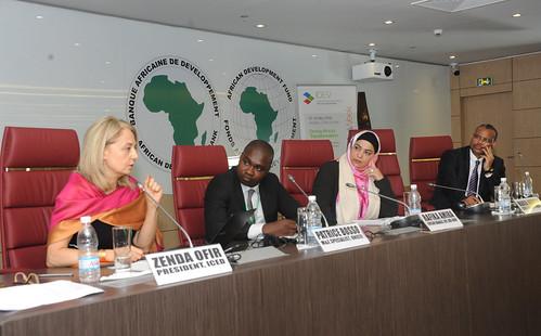 """Evaluation Week on the theme of """"Driving Africa's Transformation"""" /  Semaine de l'évaluation sur le thème """"Accélérer la transformation de l'Afrique"""", Day 1 / Jour 1, 07 novembre 2016"""