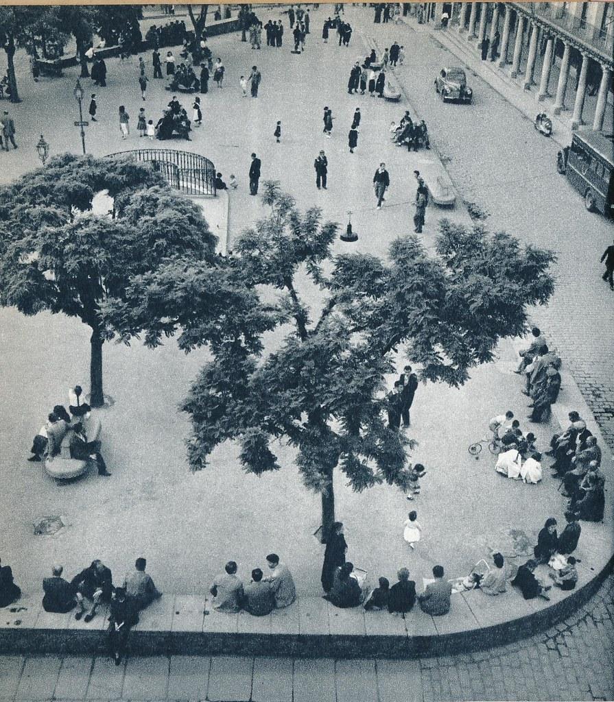 Plaza de Zocodover de Toledo en la primavera de 1955. Fotografía de Cas Oorthuys © Nederlands Fotomuseum, Rotterdam