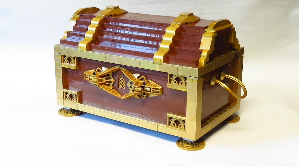 Buried treasure in my Lego bin | It was hidden in the brown … | Flickr