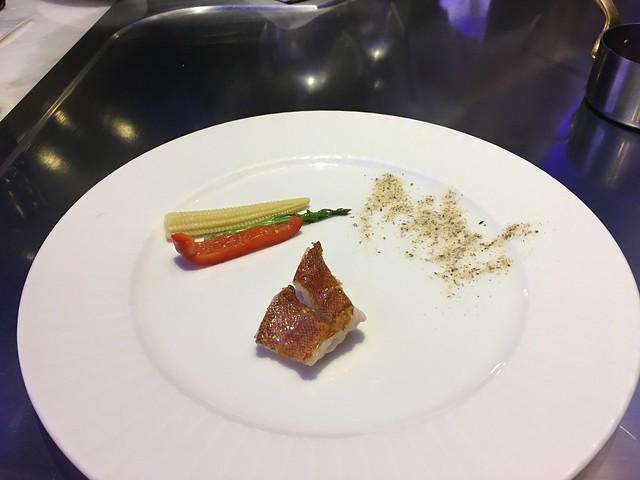皮脆肉軟的鴨胸@台中西屯,日橡精緻鐵板料理