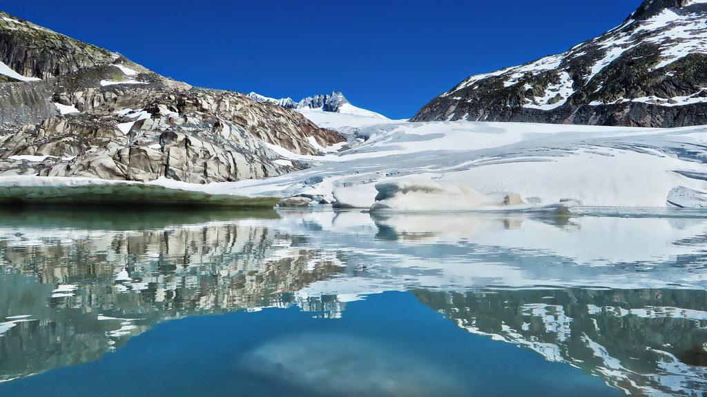 Bajo este glaciar fue hecho el descubrimiento