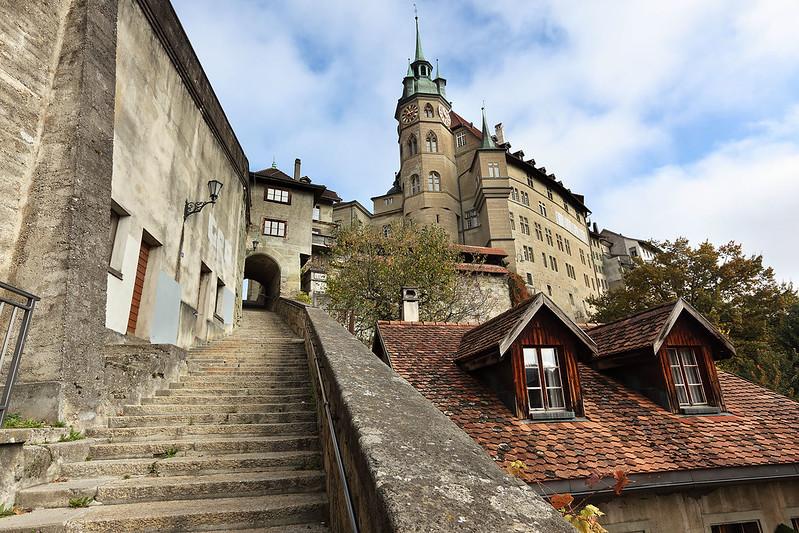 Hotel de Ville steps