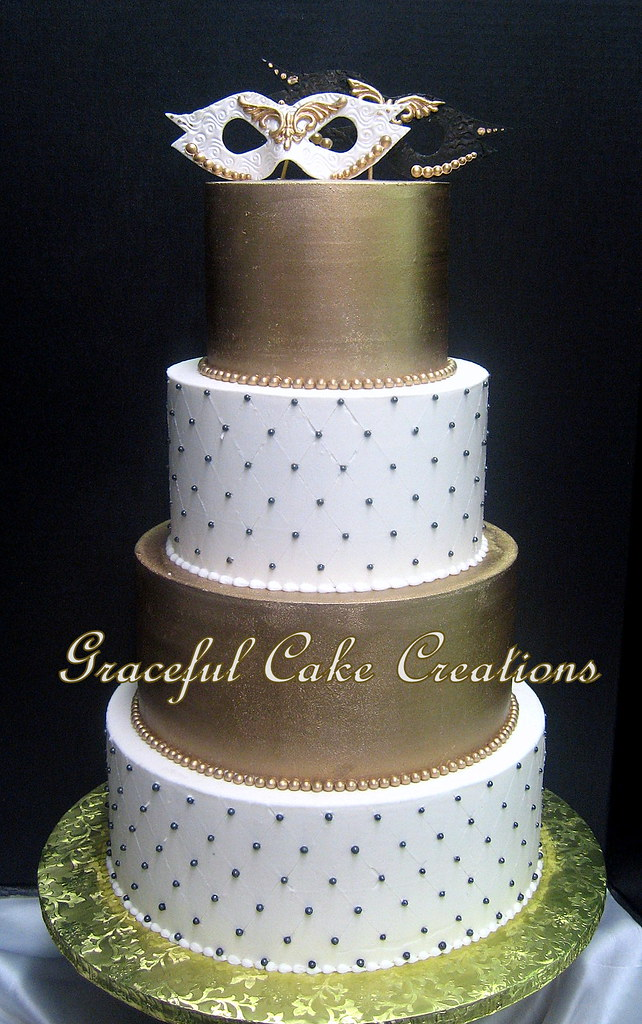 White, Gold and Black Wedding Cake with White and Black Fo… | Flickr