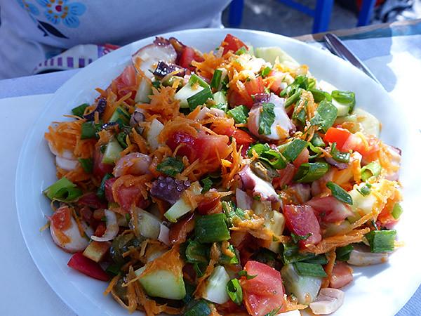 une salade de poulpes