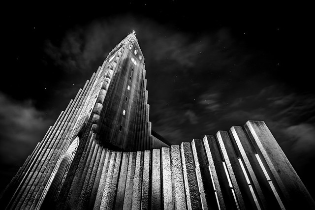 Hallgrimskirkja - Reykjavik, Iceland - Architecture photography