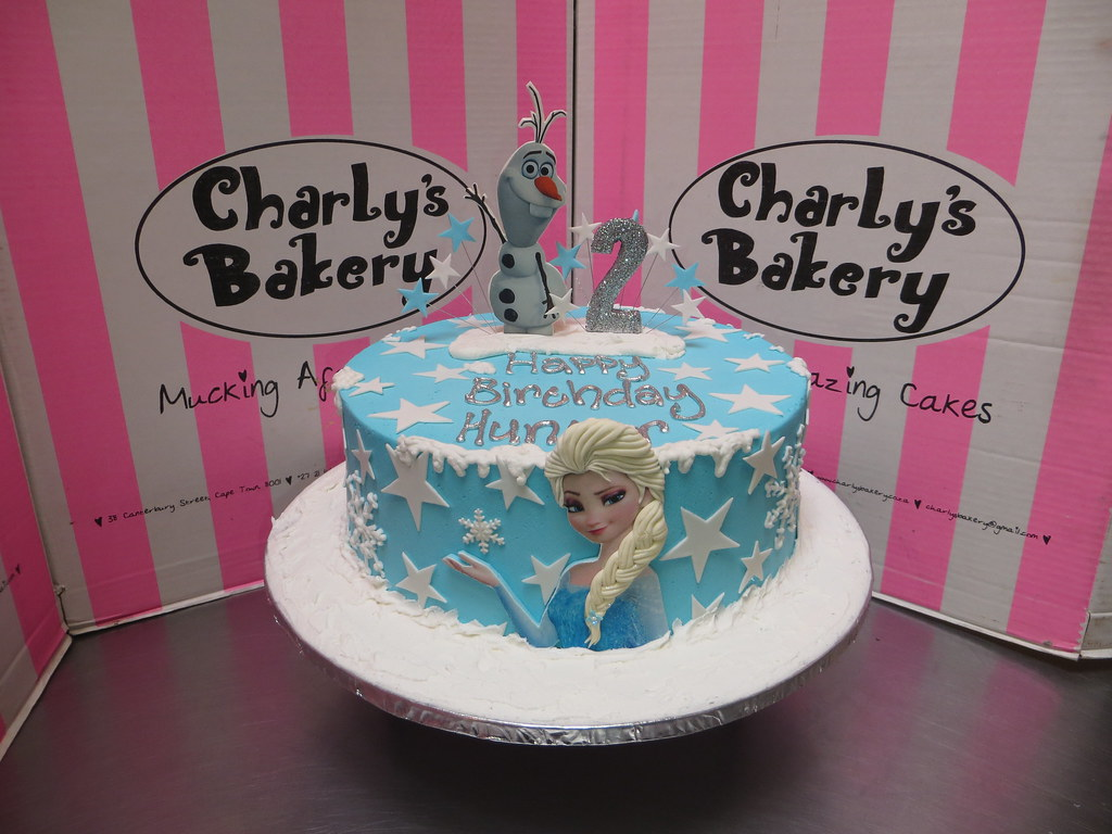 Single tier Frozen cake with edible pic of Elsa on front Flickr