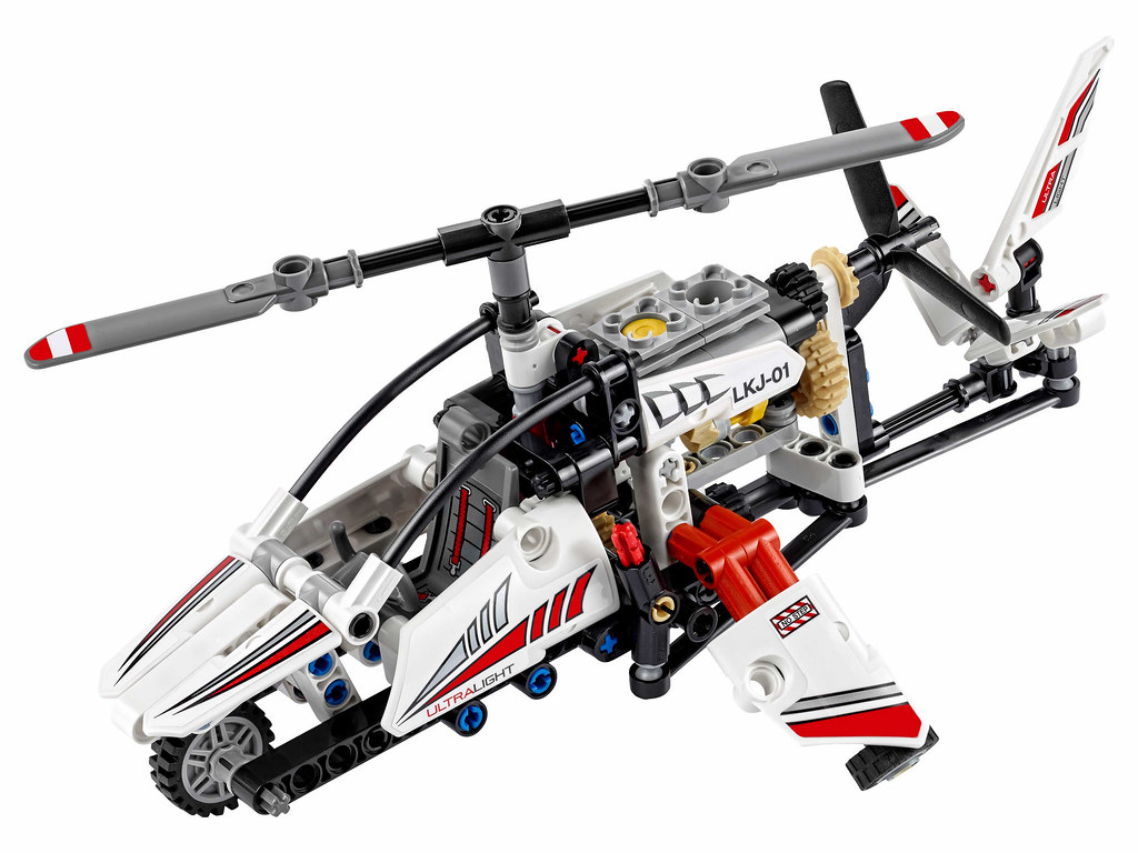 LEGO Technic 42057 - Ultralight Helicopter