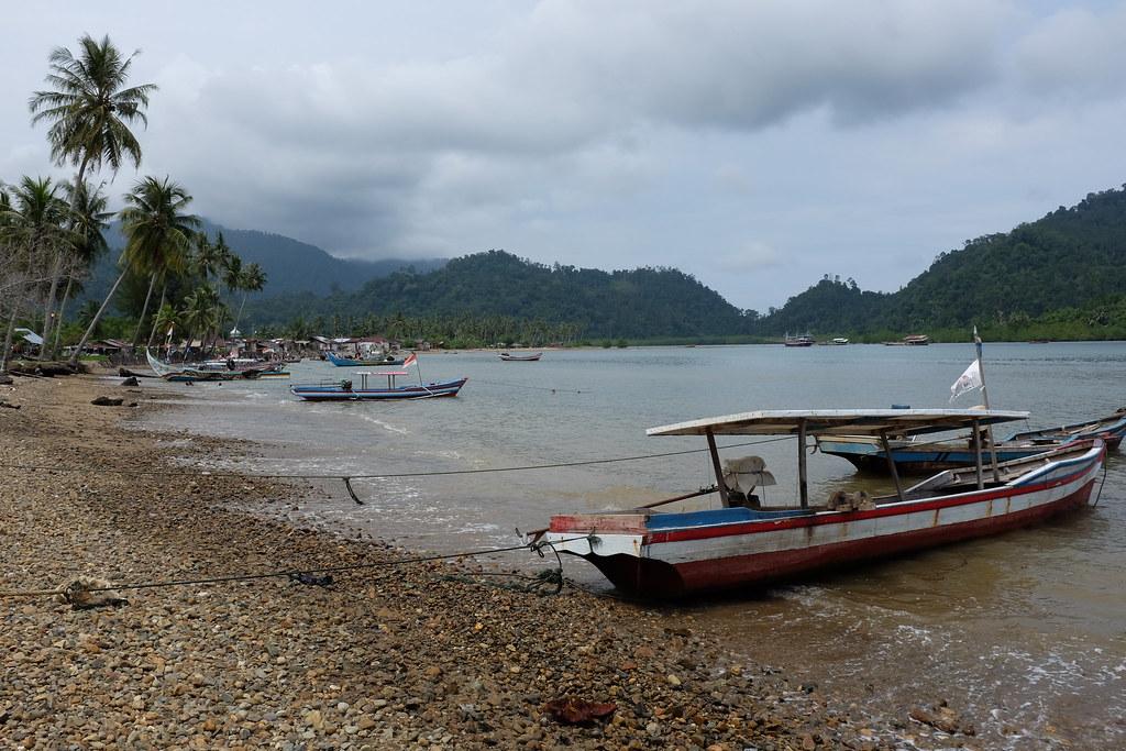 pelabuhan nagari pantai pisang