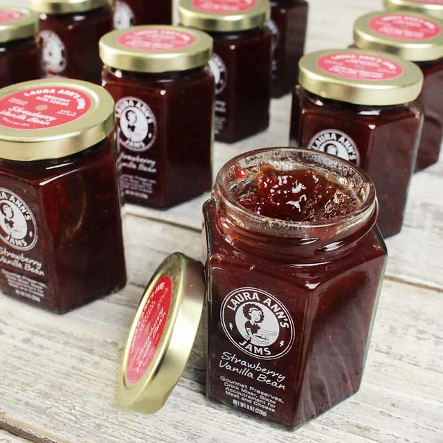 strawberry-vanilla-bean-jam-(1-case)