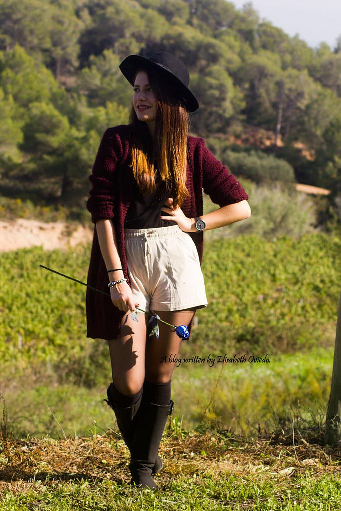 ... cardigan burgundy sombrero negro HEELSANDROSES look lady viñedos cata  Mango Inditex (1)  4cbe1701cab
