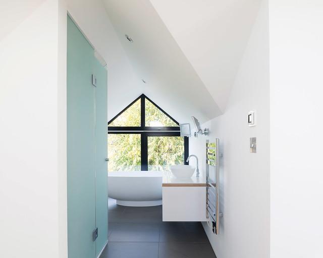 Victorian loft architecture by A Small Studio. Sundeno_12