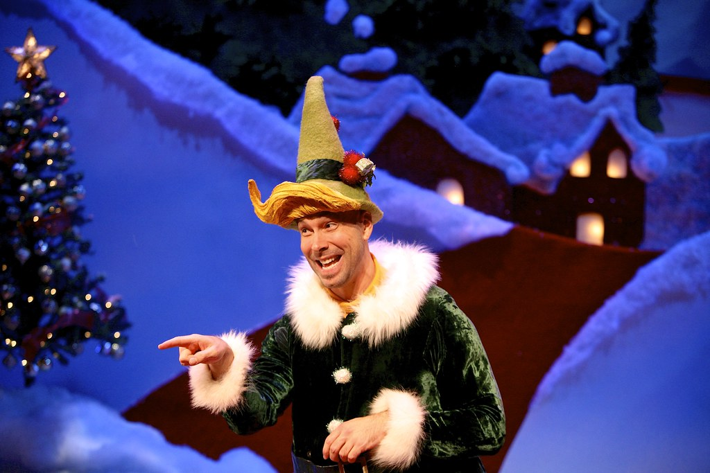 Wade Mccollum As Crumpet The Elf In The 2015 Syracuse Stag Flickr