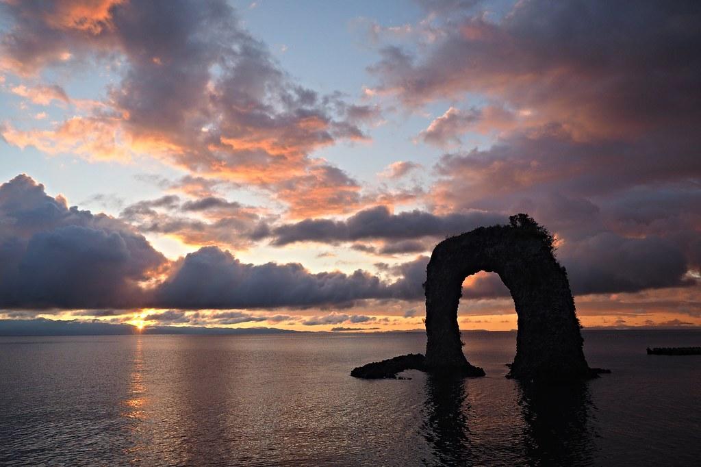 The  Pothandle Rock (Okushiri Island, Hokkaido, Japan)