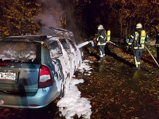 PKW-Brand nach Unfall - 23.11.16