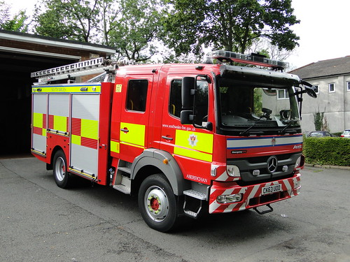 South wales fire and rescue service mercedes benz atego em for Mercedes benz emergency service